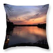 Fin Point Lake Jordan, Al Throw Pillow