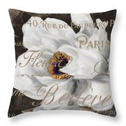 Fleurs Blanc Throw Pillow