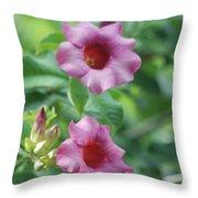 Flores De La Allamanda Throw Pillow