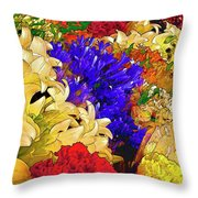 Flores Y Lilas Throw Pillow