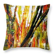 Floresta Vi Throw Pillow