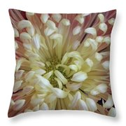 Fluer De Feu 2 Throw Pillow