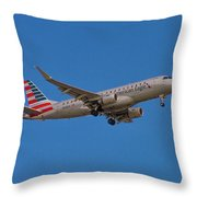 Flying In American Eagle Embraer 175 N426yx Throw Pillow