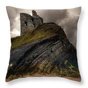 Forgotten Castle In Ballybunion Throw Pillow