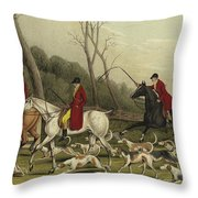 Fox Hunting Going Into Cover Throw Pillow