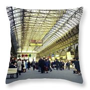 Frankfurt Hbf Throw Pillow