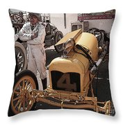 Fronty Ford 1915 Throw Pillow