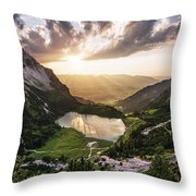 Gaisalpsee Throw Pillow