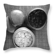 Game Of Go Throw Pillow