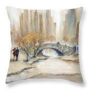 Gapstow Bridge And Lovers Throw Pillow