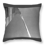 Gateway Arch Throw Pillow