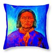 Geromino - Chiricahua Apache Leader Throw Pillow