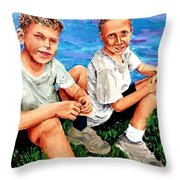 Good Friends S Throw Pillow