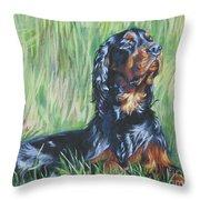 Gordon Setter In The Grass Throw Pillow