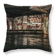Graffiti - 2016/o/11 Throw Pillow