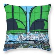 Graffiti #5781 Throw Pillow