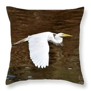 Great Egret In Flight Throw Pillow