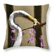 Great Egret With Lizard Who Is Holding Onto Wood Throw Pillow