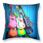 Guitarras Floriadas Throw Pillow