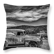 Gundlach Bundschu Rhinefarm Throw Pillow