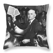 Harry Houdini (1874-1926) Throw Pillow