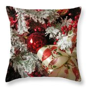 Holiday Cheer I Throw Pillow
