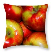 Honeycrisp Apples Throw Pillow