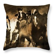 Horse Stampede Art 08a Throw Pillow
