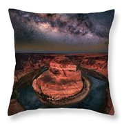 Horseshoe Bend With Milkyway Throw Pillow