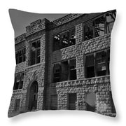 Hunter Kansas High School Throw Pillow
