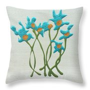 Bla Blomst Throw Pillow