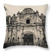 Iglesia San Jose El Viejo - Antigua Guatemala Throw Pillow