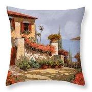 Il Giardino Rosso Throw Pillow