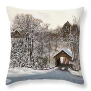 Il Ponte Coperto Di Legno Throw Pillow