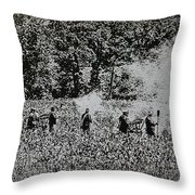 In The Heat Of Battle - Gettysburg Pa Throw Pillow