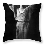 Isadora Duncan (1877-1927) Throw Pillow
