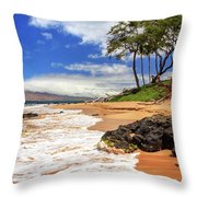Keawakapu Beach - Mokapu Beach Throw Pillow