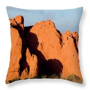 Kissing Camels Formation At Garden Of The Gods Throw Pillow