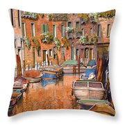 La Curva Sul Canale Throw Pillow