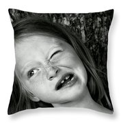 La Grimace Throw Pillow