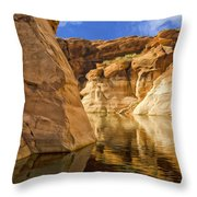 Lake Powell Stillness Throw Pillow