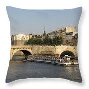 Le Pont Neuf. Paris. Throw Pillow