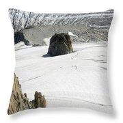 Le Rognon Glacier D'argentiere Vue Depuis L'aiguille Des Grands Montets Argentiere Haute Savoie Throw Pillow