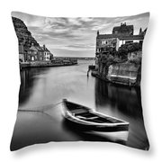 Leading Light At Staithes Throw Pillow