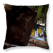 Lencois - Dog Throw Pillow