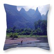 Li River - 196 Throw Pillow