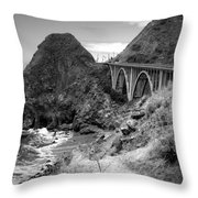 Lime Creek Bridge Highway 1 Big Sur Ca B And W Throw Pillow