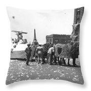 Lindbergh Parade, 1927 Throw Pillow