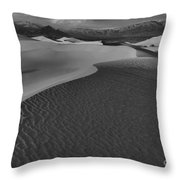 Line To Infinity Throw Pillow