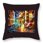Little Street - Palette Knife Oil Painting On Canvas By Leonid Afremov Throw Pillow